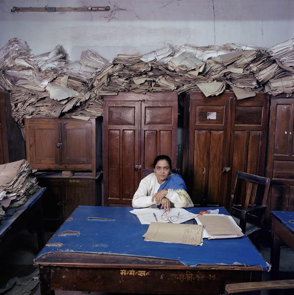 Jan banning bureaucratie l 39 il de la photographie magazine - Cabinet secretariat govt of india ...