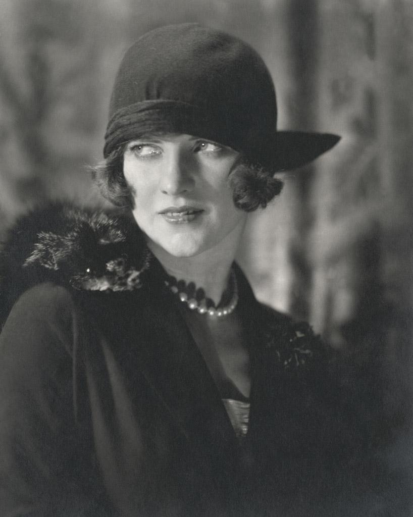 Edward Steichen American Vogue December 1923 C Conde Nast