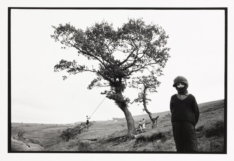 Bruce Davidson (b. 1933), Wales, 1965, gelatin silver print, 8 1/4 u00d7 12 1/2 in., Yale Center for British Art, Gift of Henry S. Hacker, Yale BA 1965, B2009.13.10. © Bruce Davidson/Magnum Photos.rn