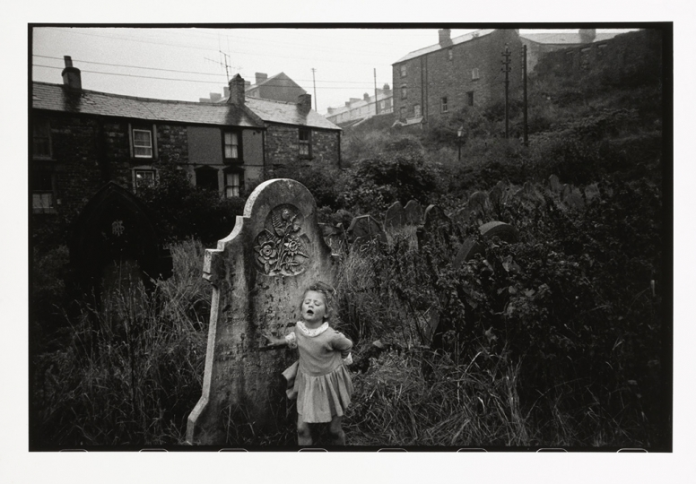 Bruce Davidson (b. 1933), Wales, 1965, gelatin silver print, 8 1/4 u00d7 12 1/2 in., Yale Center for British Art, Gift of Henry S. Hacker, Yale BA 1965, B2009.13.14. © Bruce Davidson/Magnum Photos.rn