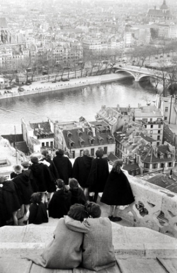 Henri Cartier-Bresson View from Notre Dame, Paris 1953 / Courtesy Peter Fetterman gallery