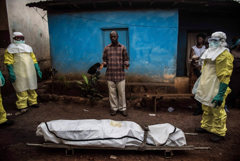 linstant paris match ebola en sierra leone par tommy