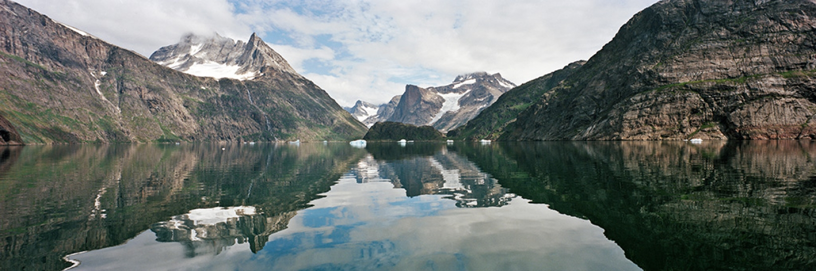 Sweden: Land Meets Water – European and American Photography