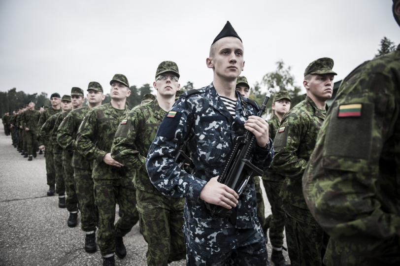 © Mattia Vacca Soldiers marching inside Ruklau2019s base.