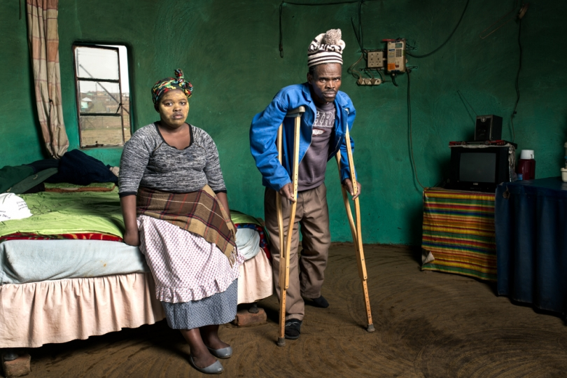 Patrick Sitwayi & Asive Bingwa - Mr Sitwayi is 57 years old and worked in the gold mines for 22 years. He has silicosis and received no compensation.