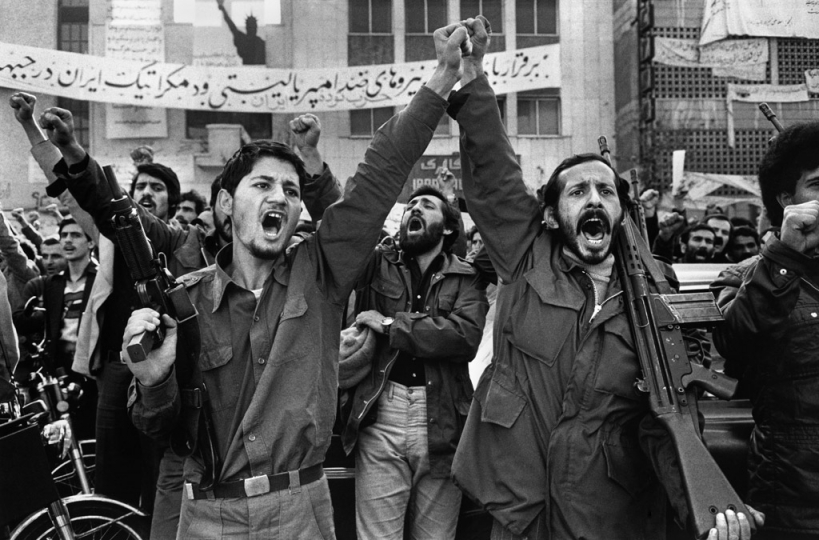 Tehran. Militants outside the USA embassy where diplomats are hostage. 1979 © Abbas / Magnum Photos