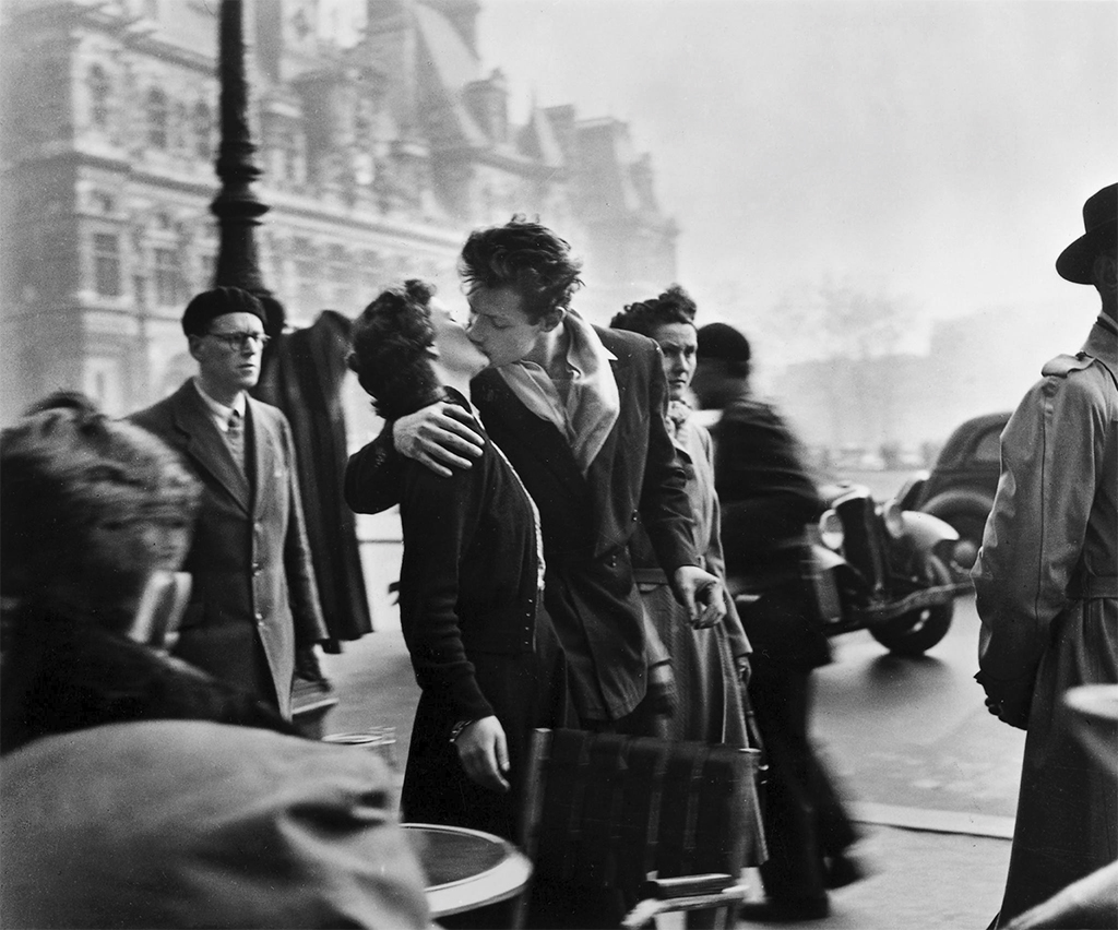 The Kiss By Robert Doisneau The Eye Of Photography Magazine