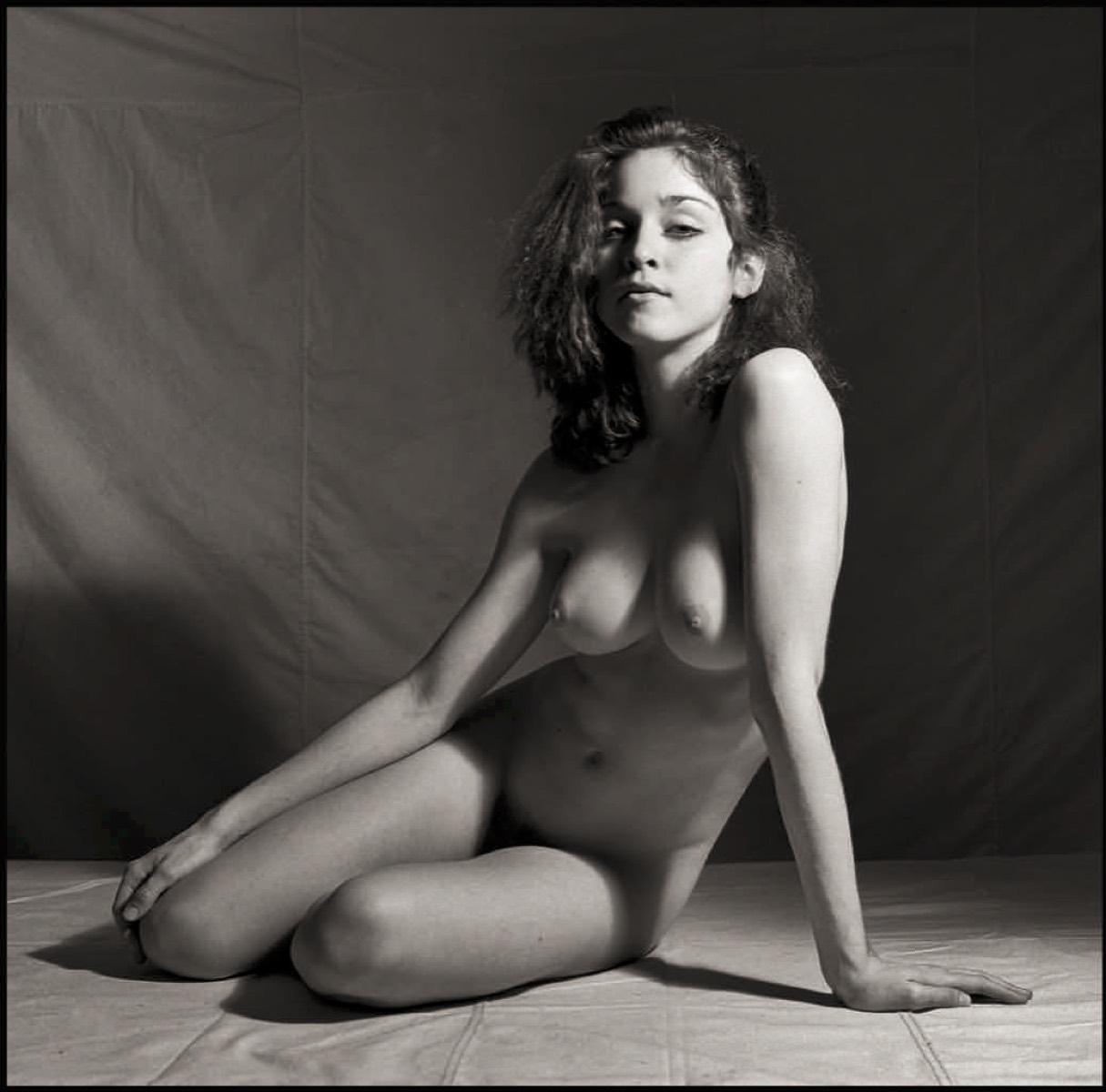 Never Naked 3