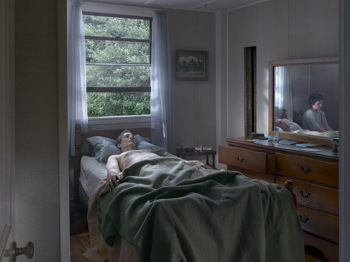 Father and Son, 2013 © Gregory Crewdson. Courtesy Gagosian and Galerie Templon