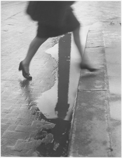Willy Ronis, Place Vendôme, 1947 © Willy Ronis