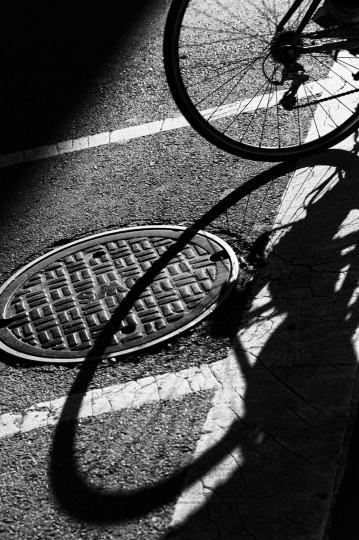 Bicycle © Ralph Gibson