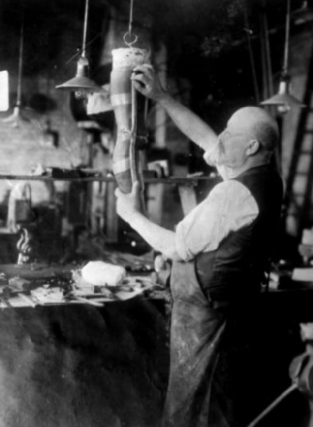 Prosthetic Maker, around 1920 © Collection Dr. Stanley B. Burns & Burns Archive