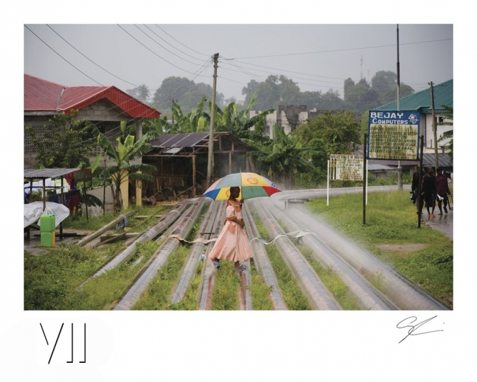 Ed Kashi, Okrika is a troubled area near Port Harcourt that has oil, refineries, pipelines and violence. © VII AGENCY