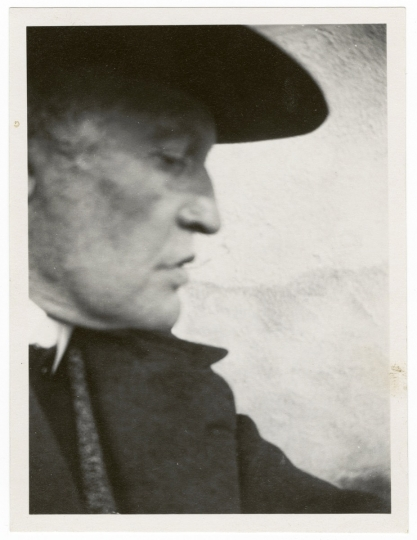 Self-Portrait in a Hat in Pro le Facing Right, 1930, Edvard Munch © Munch Museum