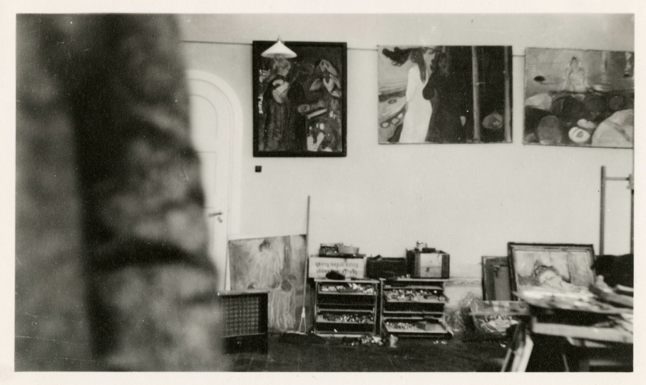 Paintings in the Winter Studio in Ekely, 1931-32, Edvard Munch © Munch Museum