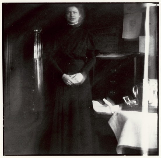 Nurse in Black, Jacobson's Clinic, 1908-09, Edvard Munch © Munch Museum