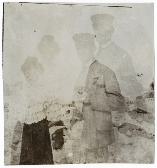 Edvard Munch and Rosa Meissner in Warnemünde, 1907, Edvard Munch © Munch Museum