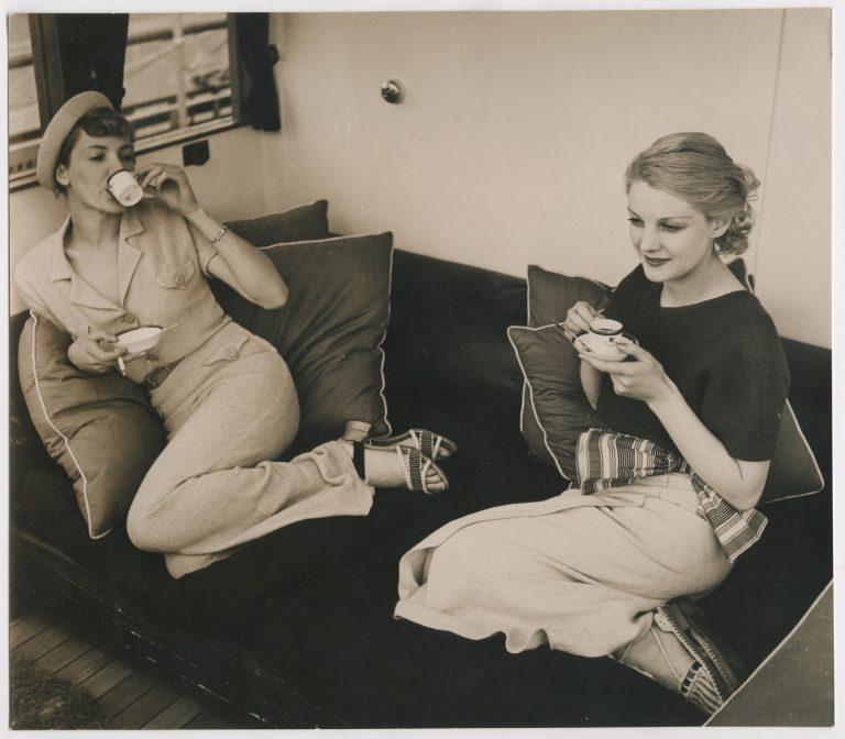Le chic français: images de femmes 1900-1950