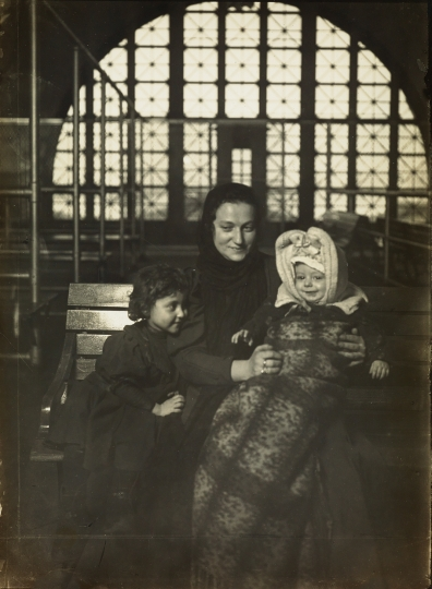 Levis Hine, Ellis Island, silver contact print © Swann Galleries