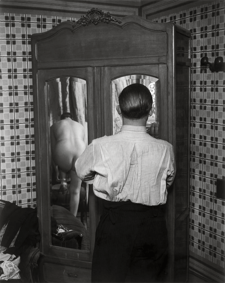 Brassai, Chez Suzy 1932 © Estate Brassai Succession