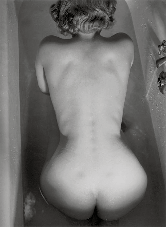 Brassai, Extinguishing a Streetlight, Nude in the Bathtube, 1938 © Estate Brassai Succession