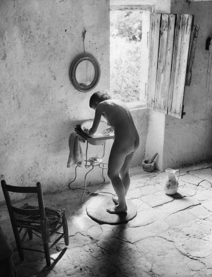 Le nu provençal, Gordes, 1949© Ministère de la Culture – MAP, dist. RMN-GP, donation Willy Ronis