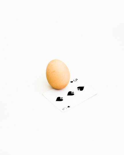 Egg & 3 of Spades © Cosimo Cella