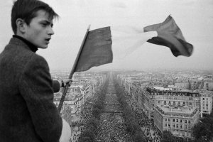 ImageSingulières: May 68 through the lens of France-Soir photographers
