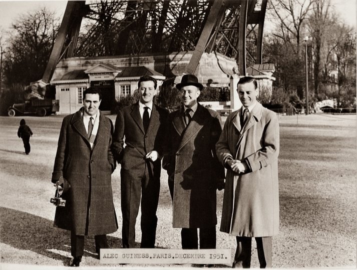 Benno Graziani (2nd left) and Sir Alec Guinness, who came to Paris to open his film 'Noblesse oblige'. December 1951