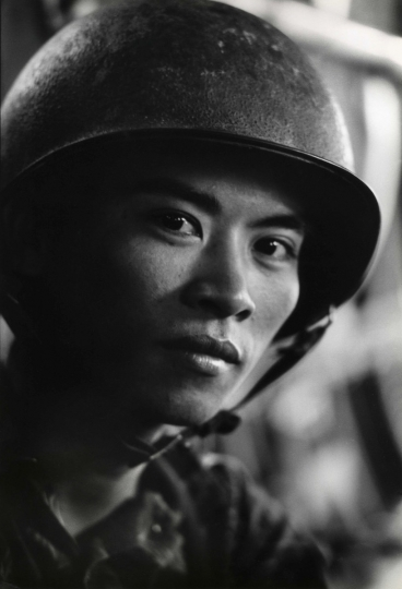 South Vietnamese Marine, 1964 © Courtesy Laurence Miller Gallery and The Larry Burrows Collection