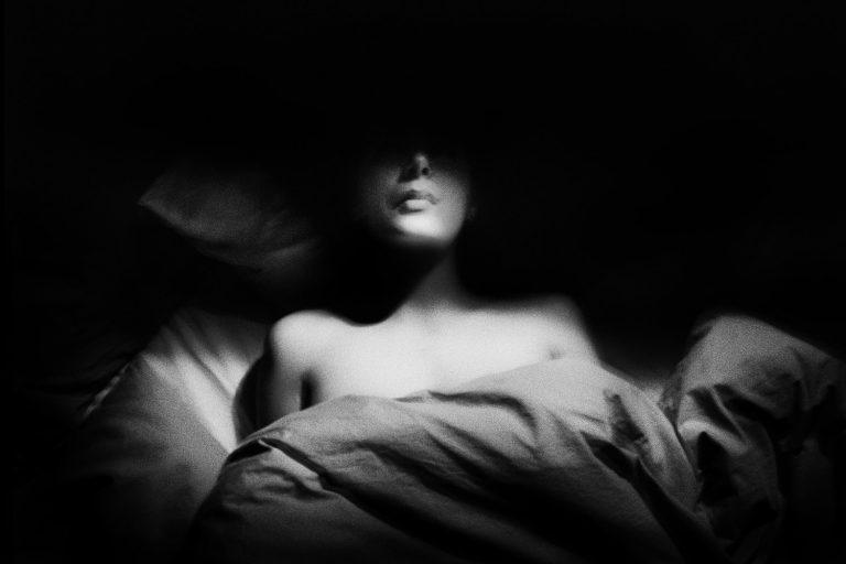 La délicate anxiété en noir et blanc de Stéphane Charpentier