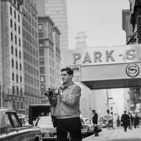 'Portrait of Mario Carnicelli in New York, 1966' © Mario Carnicelli