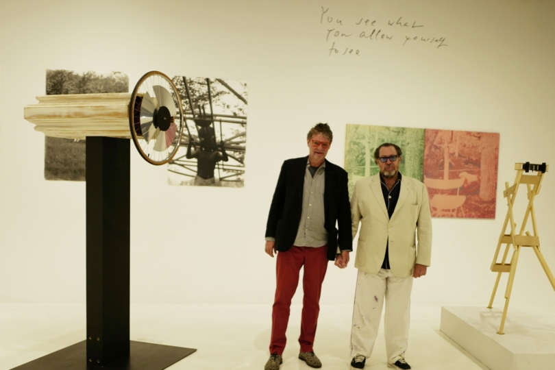 Peter Coeln and Julian Schnabel at the exhibition »Alfons Schilling. Beyond Photography«, WestLicht Museum, Vienna, 2017 © WestLicht Museum