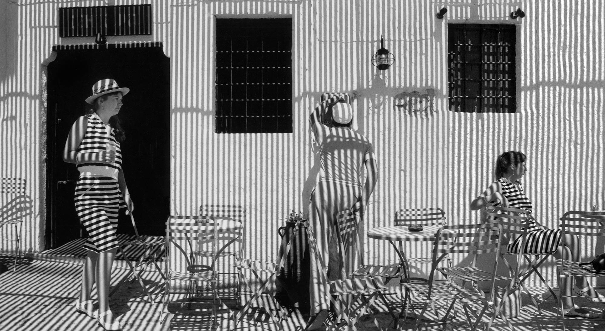 Stripes and Shadows, 1988 © HaroldFeinstein, Courtesy Galerie Thierry Bigaignon