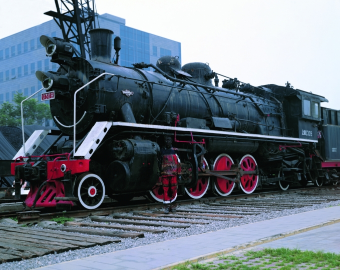 Hiding in the City No.73 Decorated with Locomotive (2008) © Liu Bolin, Bel-Air Fine Art London (Beijing)