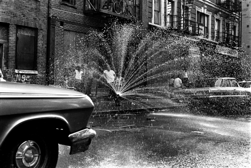 Brooklyn, New York City, NY/ August 1971 The very first fire hydrants, built in wood, were installed in 1808 in Manhattan. © Jean-Pierre Laffont