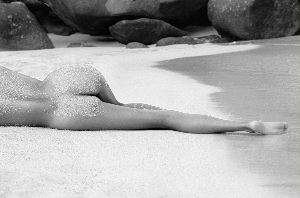 Lying There Therese Island © Hugh Arnold