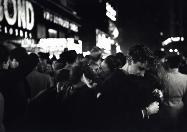 New Year's Eve, Times Square, New York City, 1950 © Dan Weiner, Courtesy Steven Kasher Gallery