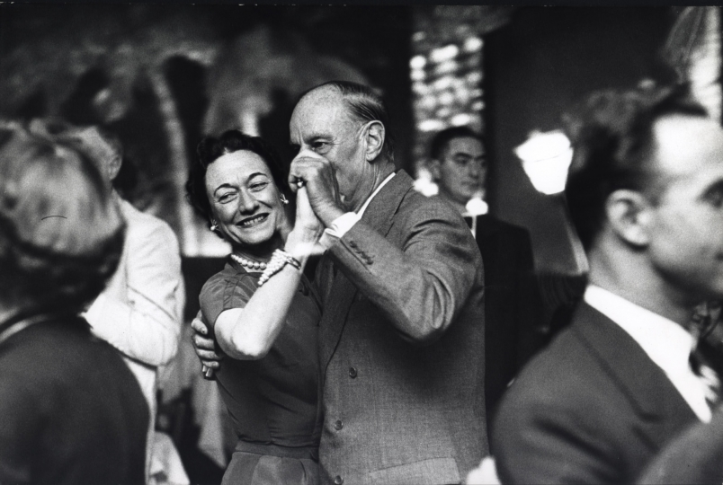 Wallis Simpson, The Duchess of Windsor, and Charles Cushing at El Morocco, New York City, ca. 1954 © Dan Weiner, Courtesy Steven Kasher Gallery