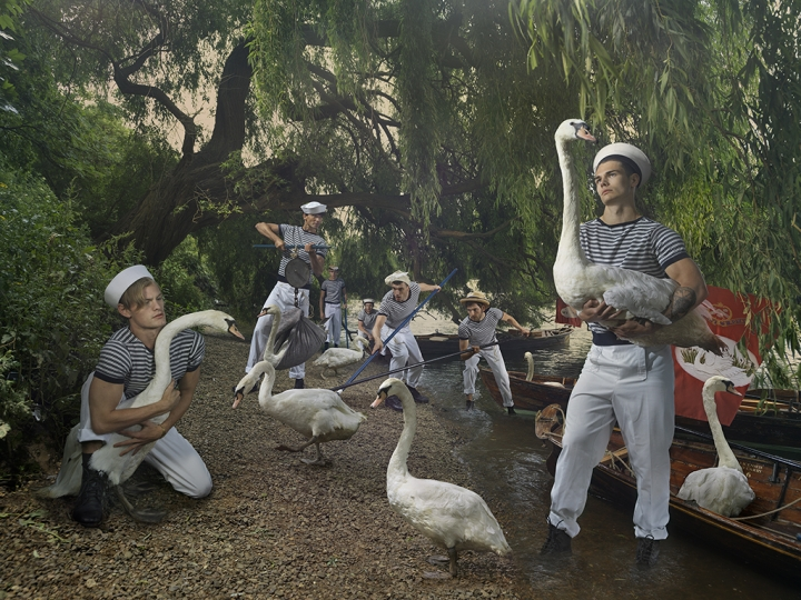 Swan Uppers © Julia Fullerton-Batten