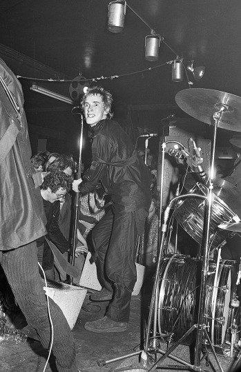 100 CLUB STORIES - John Lydon at the 1976 Punk Special by Barry Plummer