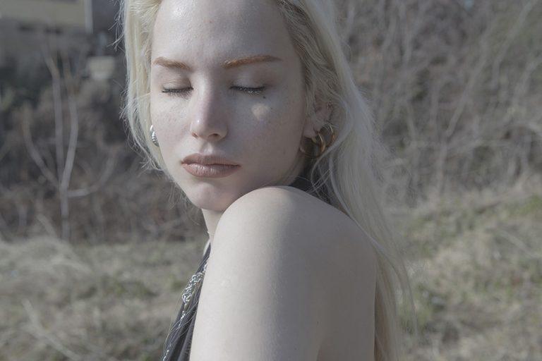 Yvette Kapsala – 'Katrina'