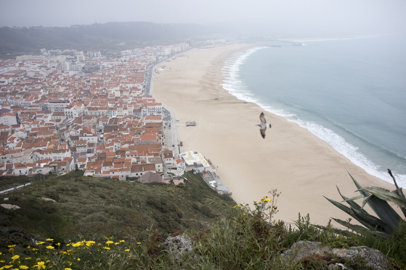 May 8, 2018, Nazare, Portugal: Nazare has transitioned from a fishing village to a popular beach resort. Even a cloudy, foggy day the town and beaches look beautiful. The Sitio neighborhood has amaxing views and sights. © ALLAN TANNENBAUM