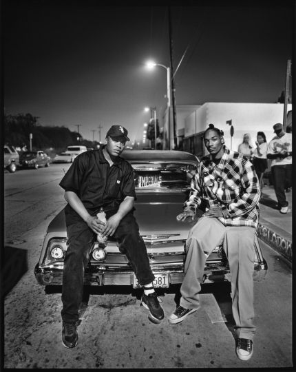 Dr. Dre & Snoop Dogg, Los Angeles, 1993 © Mark Seliger – Courtesy A.galerie