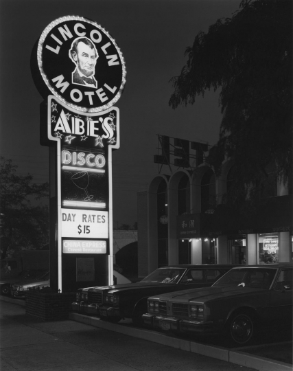 Lincoln Motel and Abe's Disco, Newark, NJ, 1981 © George Tice