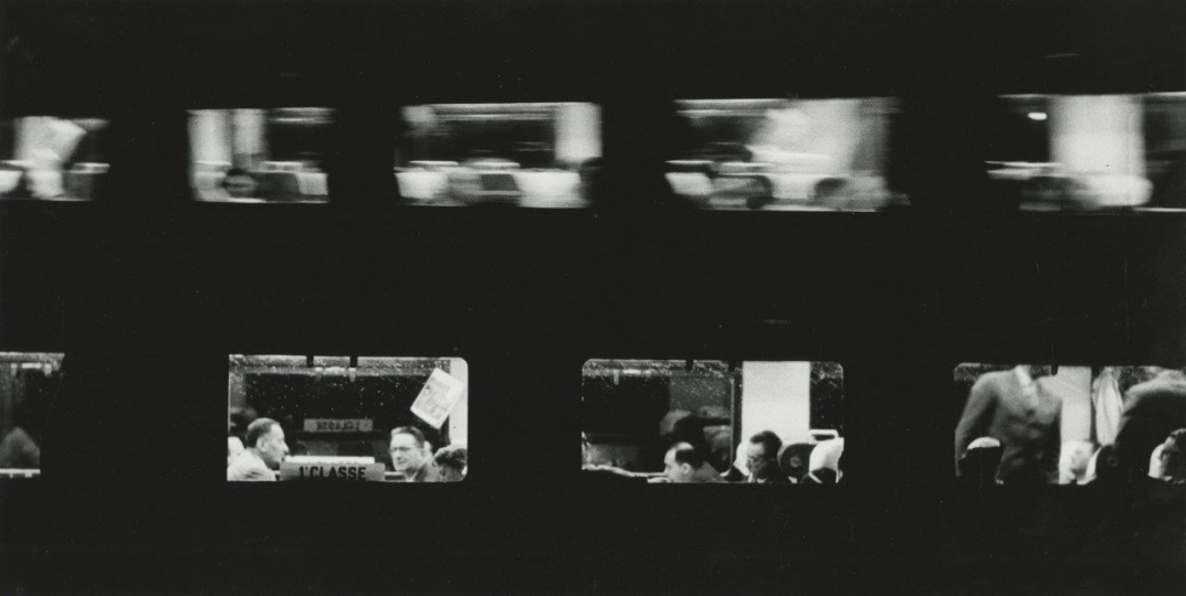 Sante Vittorio Malli, Treni (Trains), 1957. Gelatin silver print © Heirs of Sante Vittorio Malli, courtesy Howard Greenberg Gallery, New York