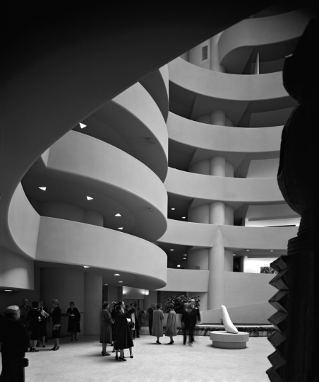 Guggenheim Museum. Frank Lloyd Wright. New York, NY, 1959 © Ezra Stoller, Courtesy Yossi Milo Gallery, New York