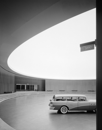 General Motors Technical Center. Eero Saarinen. Warren, MI, 1950 © Ezra Stoller, Courtesy Yossi Milo Gallery, New York