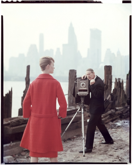 Norman Parkinson and Nena von Schlebrügge, Queen (cover), 16 February 1960 © Norman Parkinson Archive / Courtesy Iconic Images