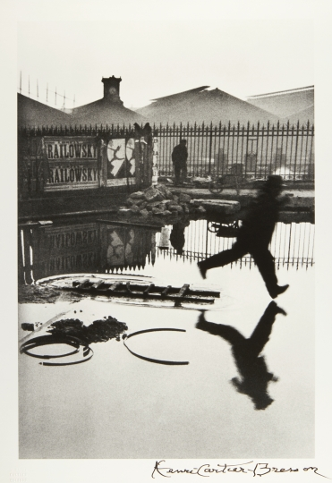 HENRI CARTIER-BRESSON (1908–2004) 'Derrière la Gare Saint-Lazare', Paris 1932 Starting price: 6.000 € / estimate: € 10.000–12.000